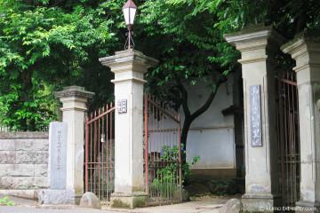 旧神奈川県庁舎正門_白鳳庵